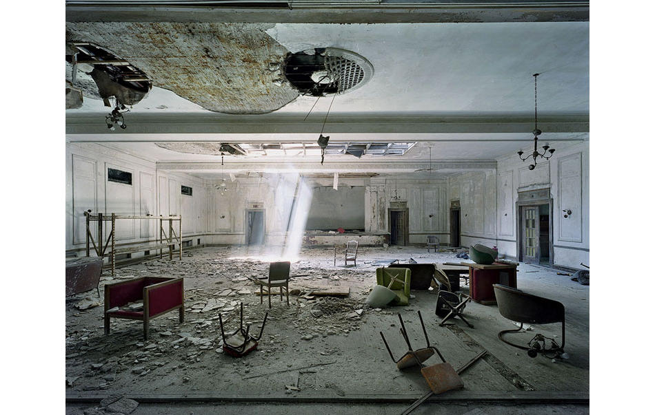 Captured: The Ruins of Detroit